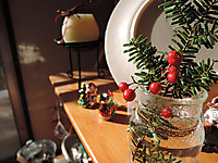 Dscn1026_christmasdesk2_mini